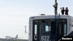 美國在911之後機場安全備受關注