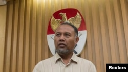Wakil Ketua KPK, Bambang Widjojanto (Foto: dok). Polisi telah membebaskan Wakil Ketua KPK Bambang Widjojanto Sabtu dini hari (24/1).