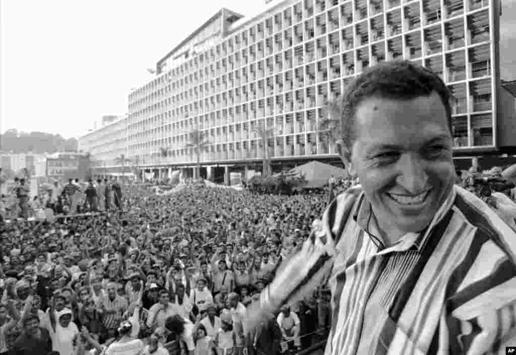 Hugo Chavez speaks at the Plaza Caracas, Feburary 4, 1998 during celebrations for the anniverary of the 1992 Venezuelan coup.