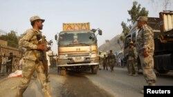 No es la primera vez que los talibanes atacan cerca de la frontera paquistaní camiones con suministros para los aliados.