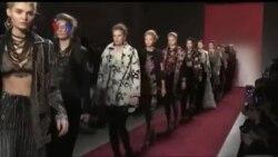Event New York Fashion Week, Jadi Ajang Pernyataan Politik Perancang