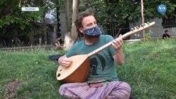 Amerikalı Müzisyen Bağlamasıyla Diyarbakır'da