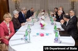 حسین فریدون، برادر رئیس جمهوری ایران در مذاکرات روز دوشنبه ایران با مقامات آمریکایی در ژنو حضور داشت