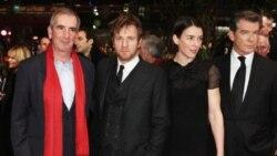 گروه بازیگران فیلم نویسنده سایه اثر رومن پولانسکی در جشنواره فیلم برلین