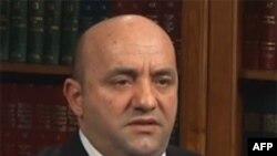 Komenton Sadi Bexheti, kryetar i Komunës së Tetovës