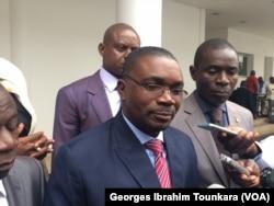 Théodore Gnagna Zadi se dit satisfait des accords conclus avec le gouvernement à Abidjan, en Côte d'Ivoire, le 17 août 2017. (VOA/Georges Ibrahim Tounkara)