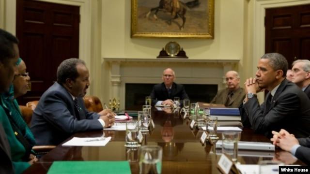 Presiden Barack Obama menerima Presiden Somalia, Hassan Sheikh Mohamud di Gedung Putih, Kamis (17/1).