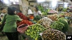 Sebuah pasar tradisional di Medan, Sumatera Utara (foto: dok).