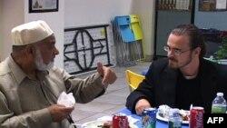 Almanya'da Müslüman Gruplar Tepkili