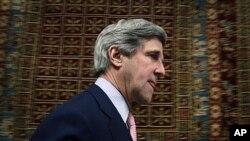 US Senator John Kerry in Kabul, Afghanistan, May 15, 2011