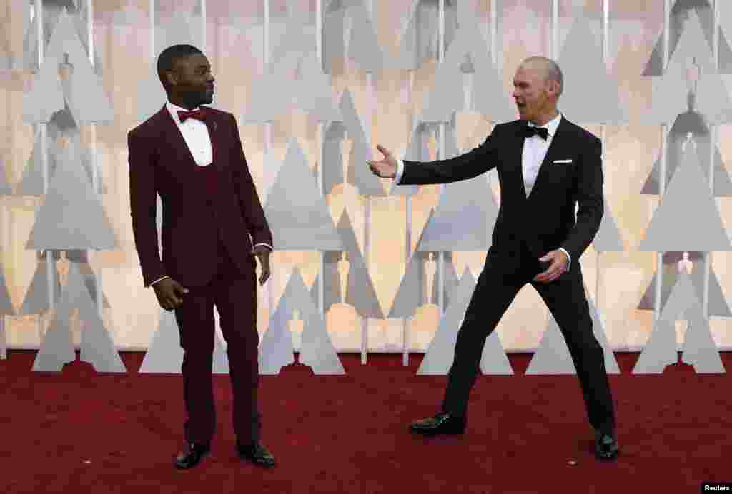Os actores David Oyelowo (esq) e Michael Keaton