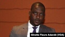 Guy Mitokpè, député ayant proposé la dissolution du parlement, à Cotonou, le 22 mars 2019. (VOA/Ginette Fleure Adandé)