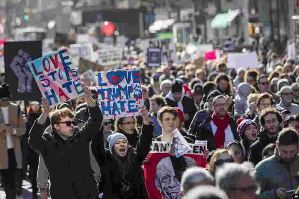 نو منتخب امریکی صدر ڈونلڈ ٹرمپ کے خلاف مظاہروں کا سلسلہ چوتھے روز بھی جاری ہے۔