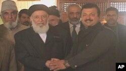 برهان الدین ربانی، رئیس شواری عالی صلح با معین وزارت خارجۀ پاکستان