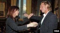 El tenista argentino David Nalbandian en un encuentro con la presidenta Cristina Fernández de Kirchner.