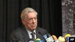 """Vargas Llosa: """"Nobelova nagrada nije samo priznanje mom djelu već i španjolskom jeziku"""""""