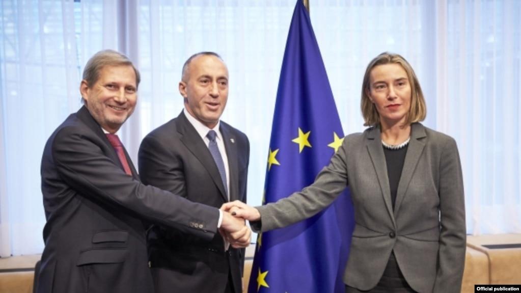 Haradinaj: Bisedimet dolën nga binarët me diskutimet për shkëmbim territoresh