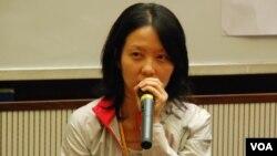 台灣大同大學設計科學研究所助理教授陳明秀表示,台灣在解嚴前後,也跟中國一樣有紀錄片的熱潮