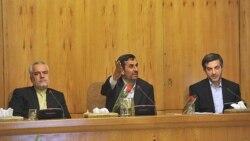 عکس آرشیوی از محمدرضا رحیمی (چپ) معاون اول محمود احمدی نژاد (وسط) رییس جمهوری پیشین ایران