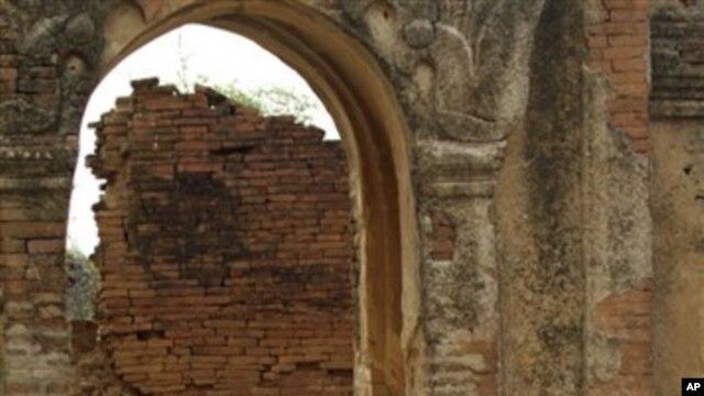 ပုဂံေခတ္က ထြန္းကားခဲ့တဲ့ ေဆာက္လုပ္ေရးနည္းပညာ Arch in Bagan, an ancient city of Myanmar. (AP Photo/Khin Maung Win)