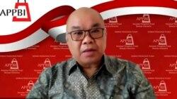 Ketua Umum Asosiasi Pengelola Pusat Perbelanjaan Indonesia (APPBI) Alphonzus Widjaja, dalam tangkapan layar. (Foto: VOA/Nurhadi)
