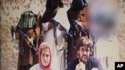 Cặp vợ chồng người Thụy Sĩ Olivier David Och và Daniela Widmer bị Taliban bắt làm con tin trong hơn 8 tháng.