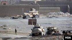 Tentara NATO dalam salah satu operasi di Afghanistan selatan (foto: dok).