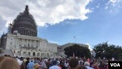 Donald Trump y Ted Cruz encabezaron mitin de protesta en el Capitolio contra el acuerdo nuclear internacional con Irán.