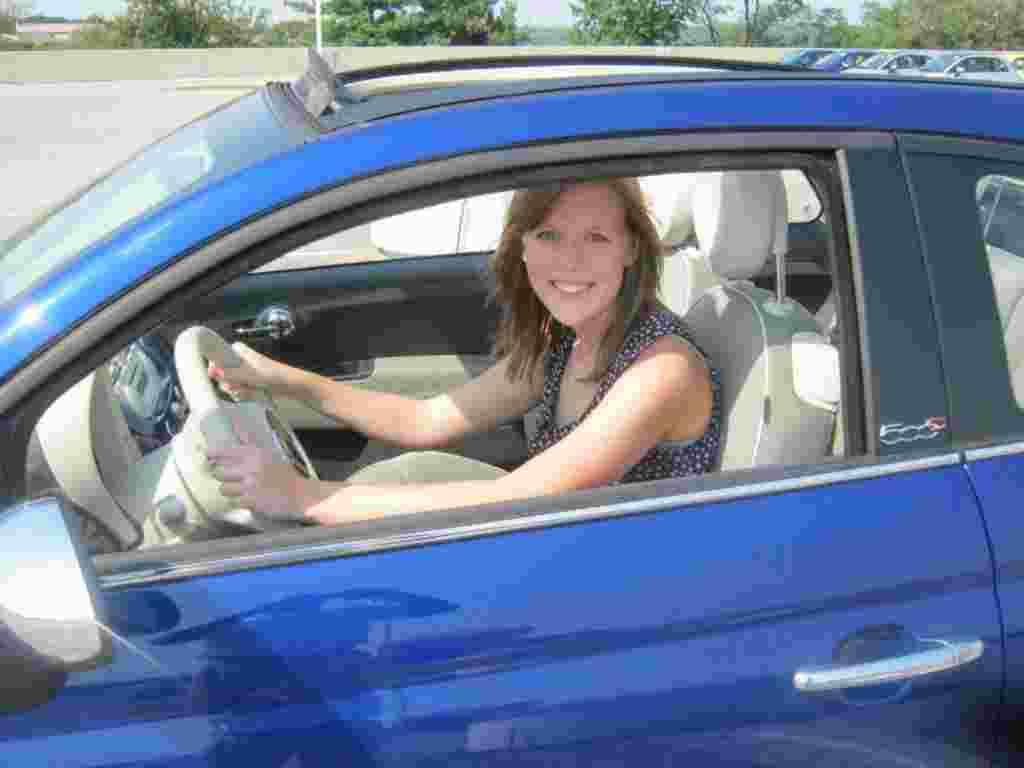 Mi prueba del Fiat 500 incluyó hacer mis recados y una parada al parqueadero del centro comercial.