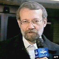 وقايع روز: طرح جديد نظاميان برای کنترل احزاب و چند خبر ديگر