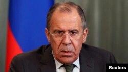 Ngoại trưởng Nga Sergei Lavrov nói hoàn toàn bất thường khi tổ chức bầu cử vào lúc quân đội Ukraine đang 'được sử dụng để chống lại một bộ phận dân chúng'