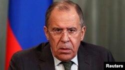 ທ່ານ Sergei Lavrov ລັດຖະມົນຕີຕ່າງປະເທດຣັດເຊຍ ຮ່ວມກອງປະຊຸມຕໍ່ນັກຂ່າວ ໃນນະຄອນມົສກູ ວັນທີ 8 ເມສາ 2014.