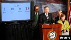 (L-R) U.S. Senator Chuck Schumer (D-NY), Senate Majority Leader Harry Reid (D-NV), Senator Patty Murray (D-WA), and Senator Barbara Mikulski (D-MD) hold a news conference after the Senate voted to pass a spending bill at the U.S. Capitol in Washington, D.C., Sept. 27, 2013.