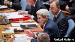 ABD Dışişleri Bakanı John Kerry BM Güvenlik Konseyi'ne başkanlık ederken.
