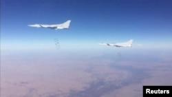 Російські літаки в сирійському повітряному просторі