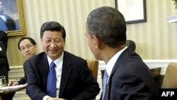Tổng thống Hoa Kỳ Barack Obama gặp Phó Chủ tịch Trung Quốc Tập Cận Bình tại Phòng Bầu Dục của Tòa Bạch Ốc, ngày 14/2/2012