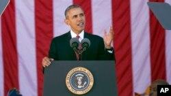President Barack Obama speaks during the annual National Veterans Day commemoration, Nov. 11, 2015, at Arlington National Cemetery in Arlington, Va.