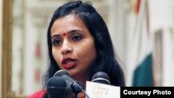 Devyani Khobragade, accusée d'avoir exploité une domestique