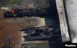 허리케인 '하비'의 영향으로 31일 미국 텍사스주 휴스턴 동부 크로스비의 프랑스계 아케마 화학공장에서 폭발사고가 발생했다.