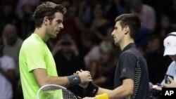 Juan Martín del Potro y Novak Djokovic se enfrentarán en una de las semifinales de Wimbledon 2013.