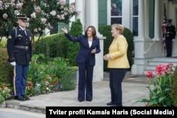 Kamala Harris ve Angela Merkel