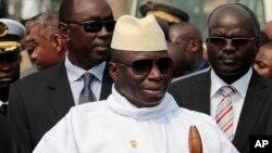 Yahya Jammeh, président sortant de la Gambie, 30 juin 2011.