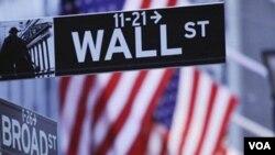 Algunos economistas aún ven 30 por ciento de probabilidades de que EE.UU. sufra otra recesión.