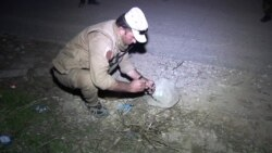 Kurdish Unit Defuses Mines in Sinjar Left by IS