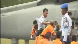 印尼加緊亞航失事客機搜尋行動