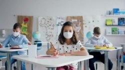 Подготовки за новата учебна година во САД: Настава во училиште само два-три дена
