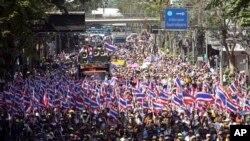 Tayland Başbakanı Direniyor