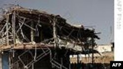 یک بمبگذار انتحاری به کاروانی از خودروها در نزديکی پايگاه نظامی ناتو در کابل حمله کرد