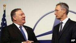 Госсекретарь Майк Помпео и генсек НАТО Йенс Столтенберг