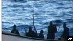Somália: Marinha Americana Combate Pirataria